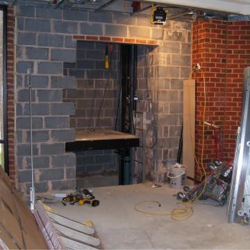 Construction of elevator shaft and elevator installation