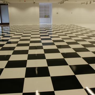 Decorative two-tone seamless floor.